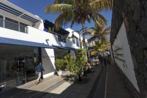 Zona Commerciale Puerto Calero