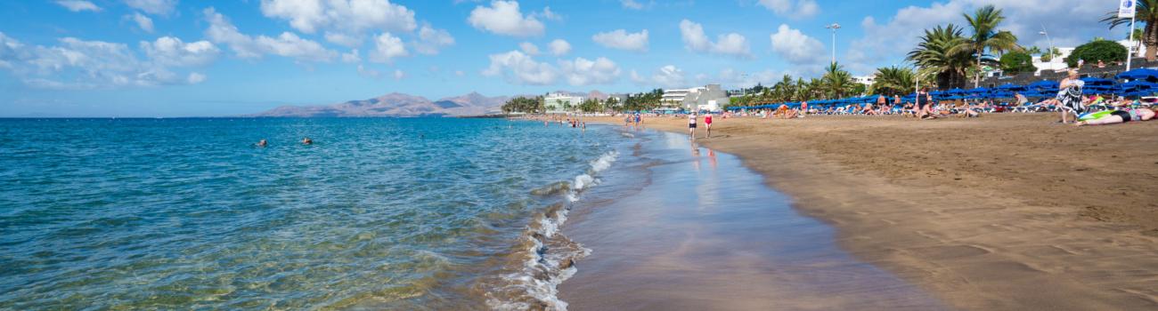 Playa con espejo - Playa Grande, Puerto del Carmen.