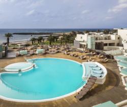 HD Beach Resort - Pools