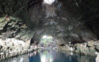 cueva-jameos-canarias