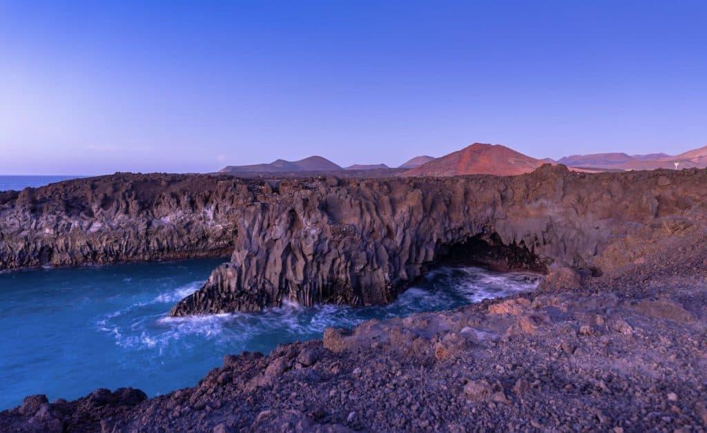 Los Hervideros - Yaiza - Turirmo Lanzarote