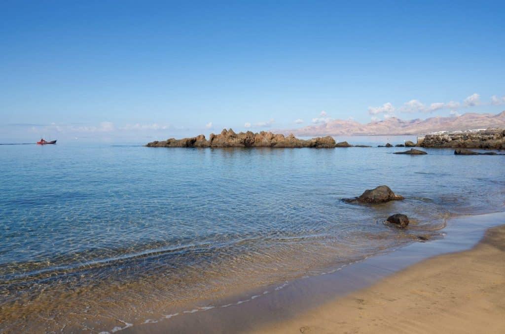 Playa Chica- Puerto del Carmen - Turismo Lanzarote