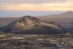 Volcán del Cuervo - Turismo Lanzarote