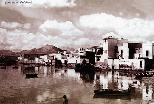 Charco de San Gines - Fuente: Memoria digital de Lanzarote - Autor: desconocido