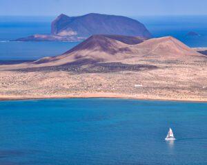 conocer lanzarote en barco navegando - Turismo Lanzarote