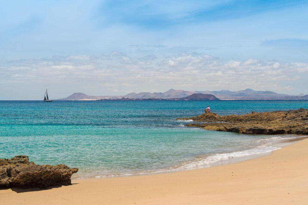 papagayo- navegar por las islas canarias - excursiones culturales en barco - Turismo Lanzarote